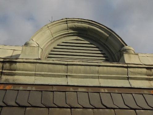 屋頂百葉窗銅皮更新